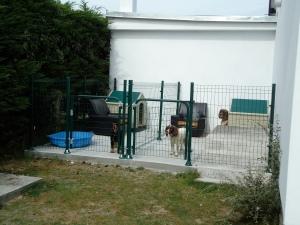 Maison Mielles dog kennels
