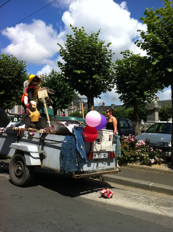 One of the floats, OFNI 2012
