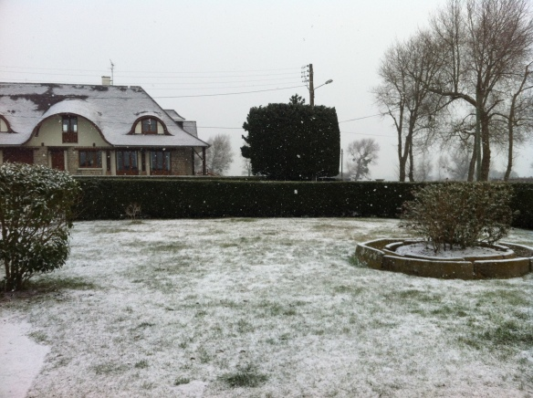 Snowy Start in Maison Mielles