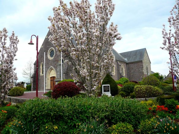 The Church through Cherry Blossom, Moyon